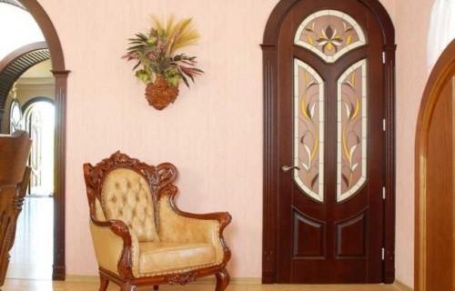dveri-620x462-1600x1200