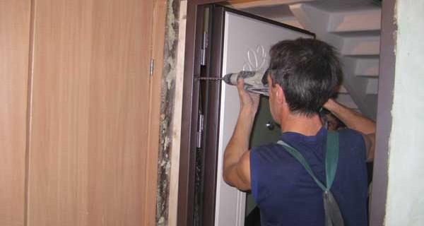 установка входных дверей своими руками пошаговая инструкция видео