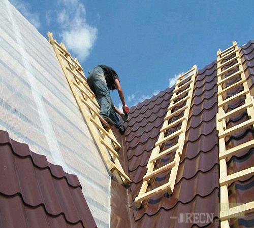 Лестница для ремонта крыш 134