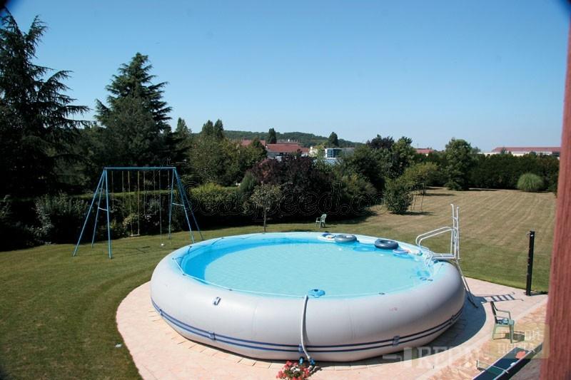 как установка надувного бассейна на даче несмотря название, только
