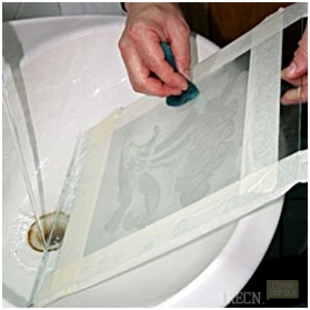 Как очистить зеркала в домашних условиях