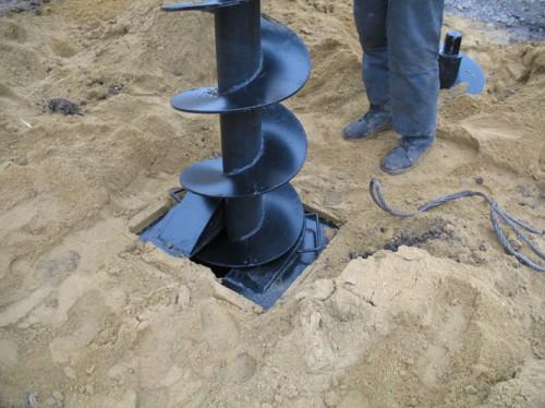 Как-осуществляется-бурение-скважин-под-воду1