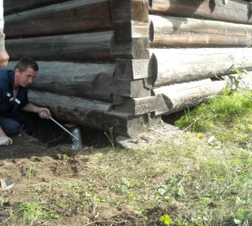 Замена венцов в деревянном доме
