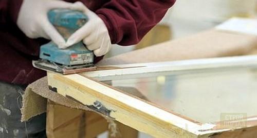 Подскажите, как утеплить старые деревянные окна на зиму