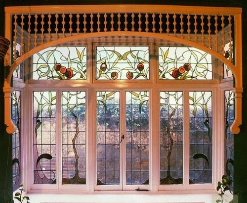 vitrajnie-okna-s-pomoshu-plenki