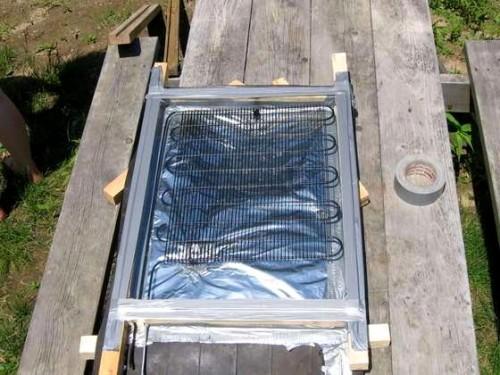 Солнечный коллектор из автомобильного радиатора