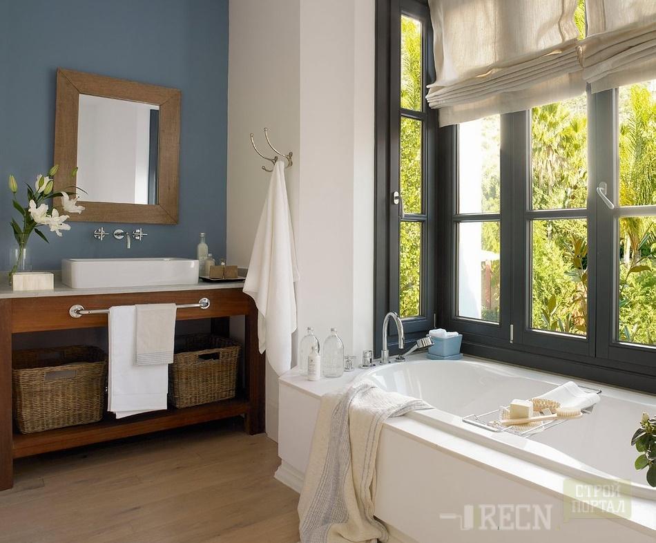 Окно в туалете в частном доме