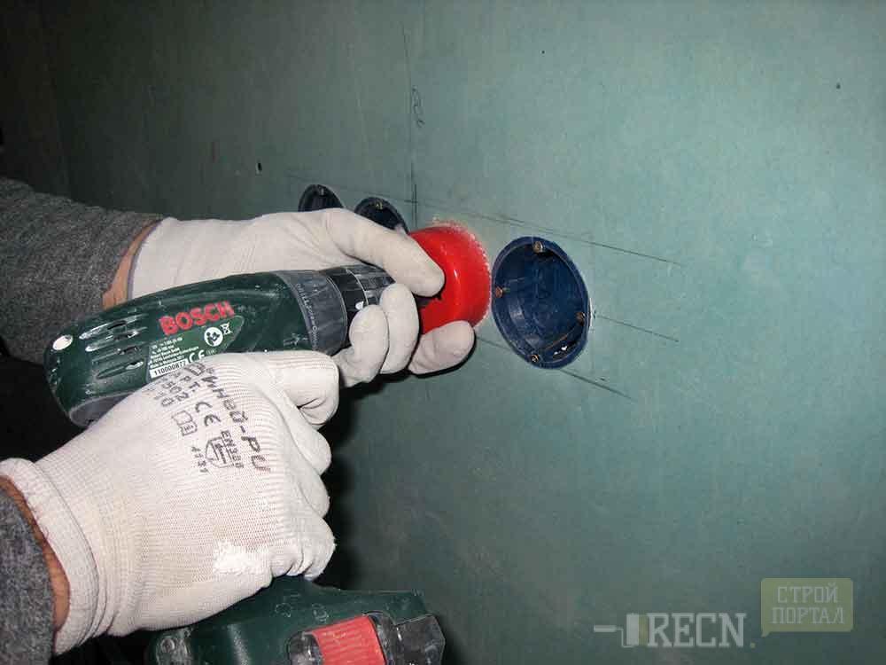 Розетка в бетоне как сделать
