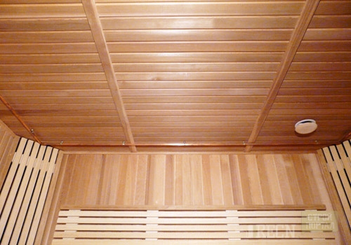 Настильный потолок для бани