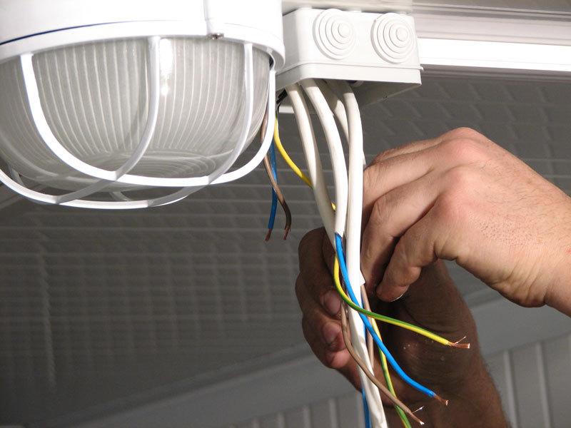 Картинки по запросу ремонт освещения в квартире