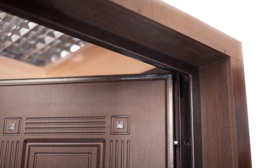 Откосы для входных дверей фото