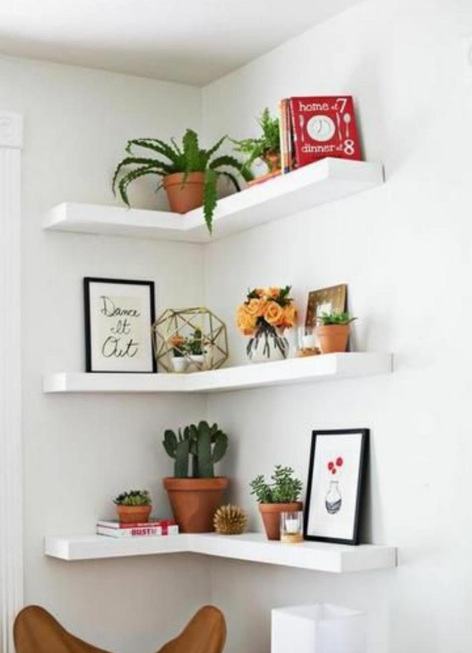 Полки для цветов угловые на стену