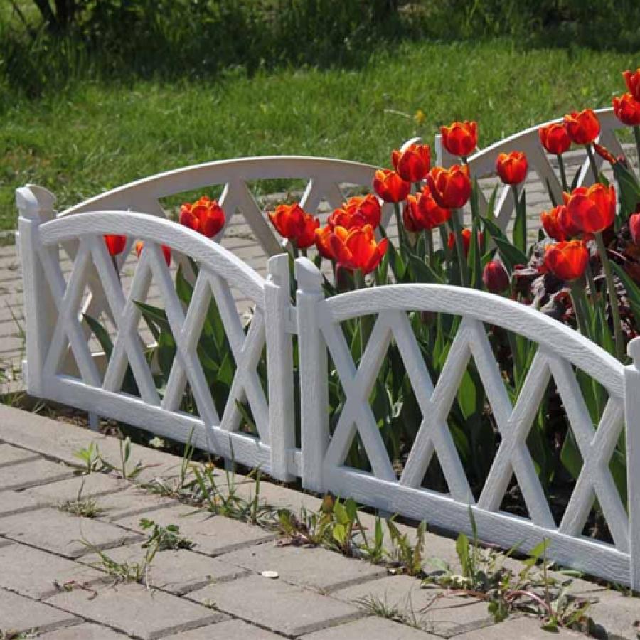 Заборчики для клумб и цветников из дерева своими руками фото