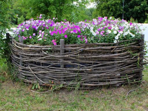 Забор на цветник своими руками